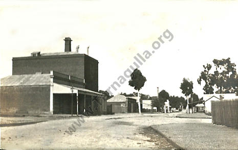 Looking South from King Street, Tarnagulla c 1920